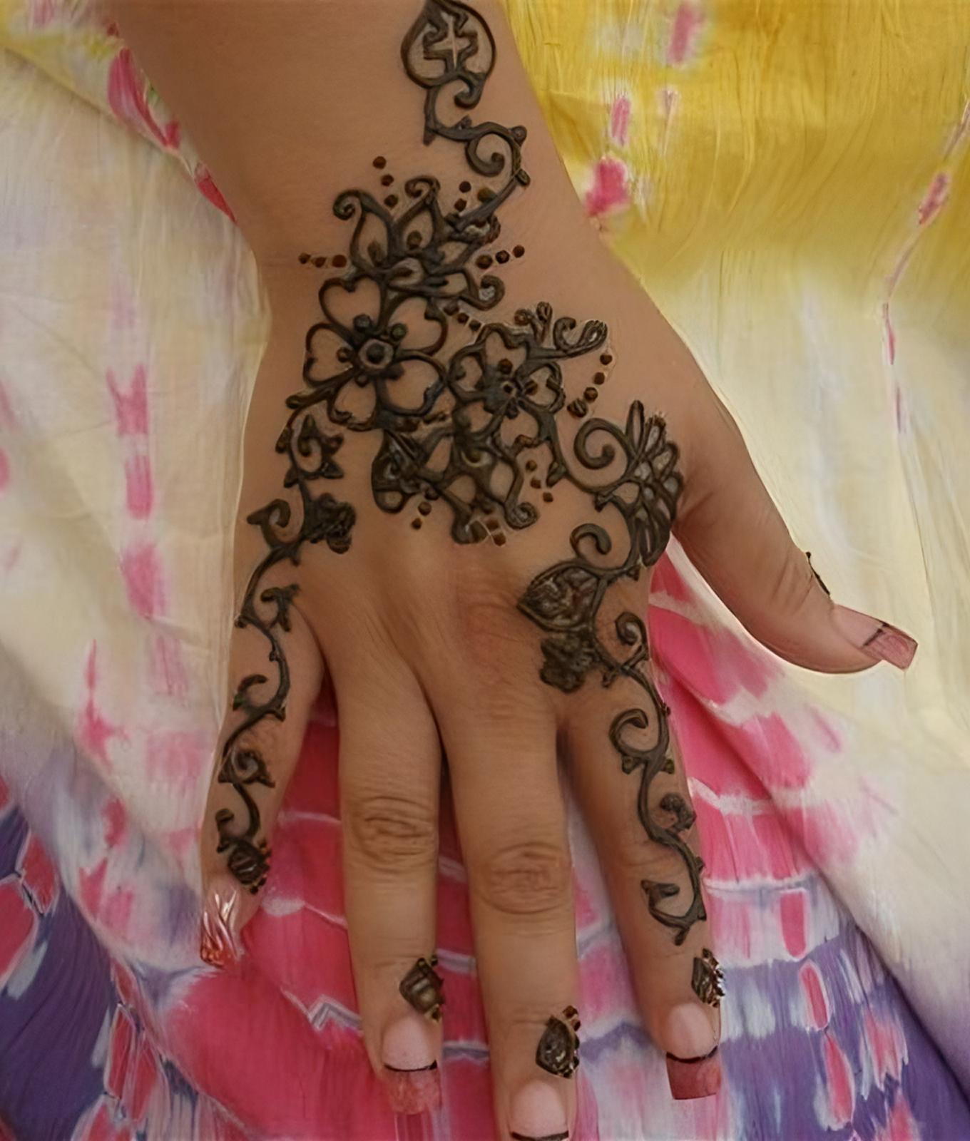 28 henna tattoo geht nicht mehr weg henna tattoo ursprung und beliebte motive f 252 r. Black Bedroom Furniture Sets. Home Design Ideas