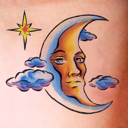 Mond Tattoo